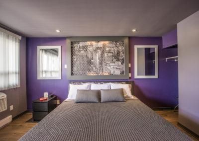 Auberge king room 1
